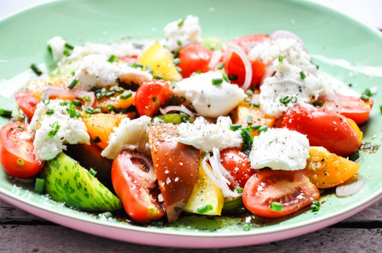 Tiny Spoon - Tomatensalat mit Burrata